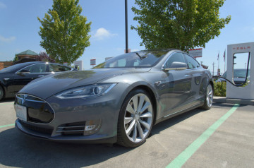 tesla model s supercharger stations